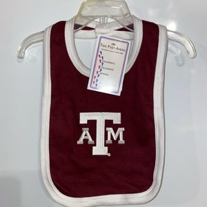 Brand New With Tag Texas A&M Aggies Baby Bib